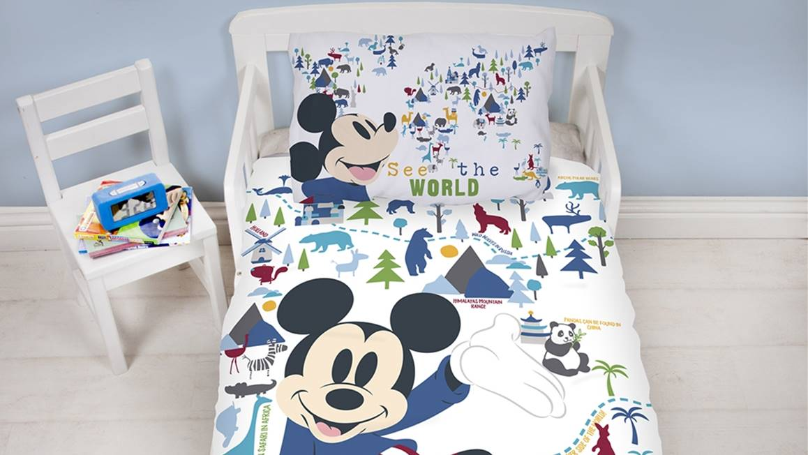 disney mickey mouse housse de couette. Black Bedroom Furniture Sets. Home Design Ideas